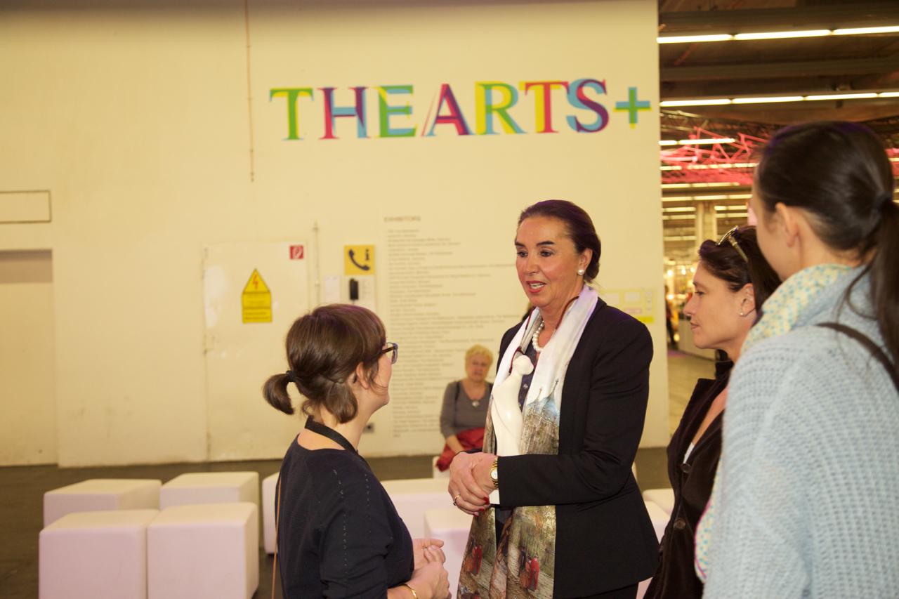 Hannemie Stitz-Krämer auf der THE ARTS+ Ausstellung