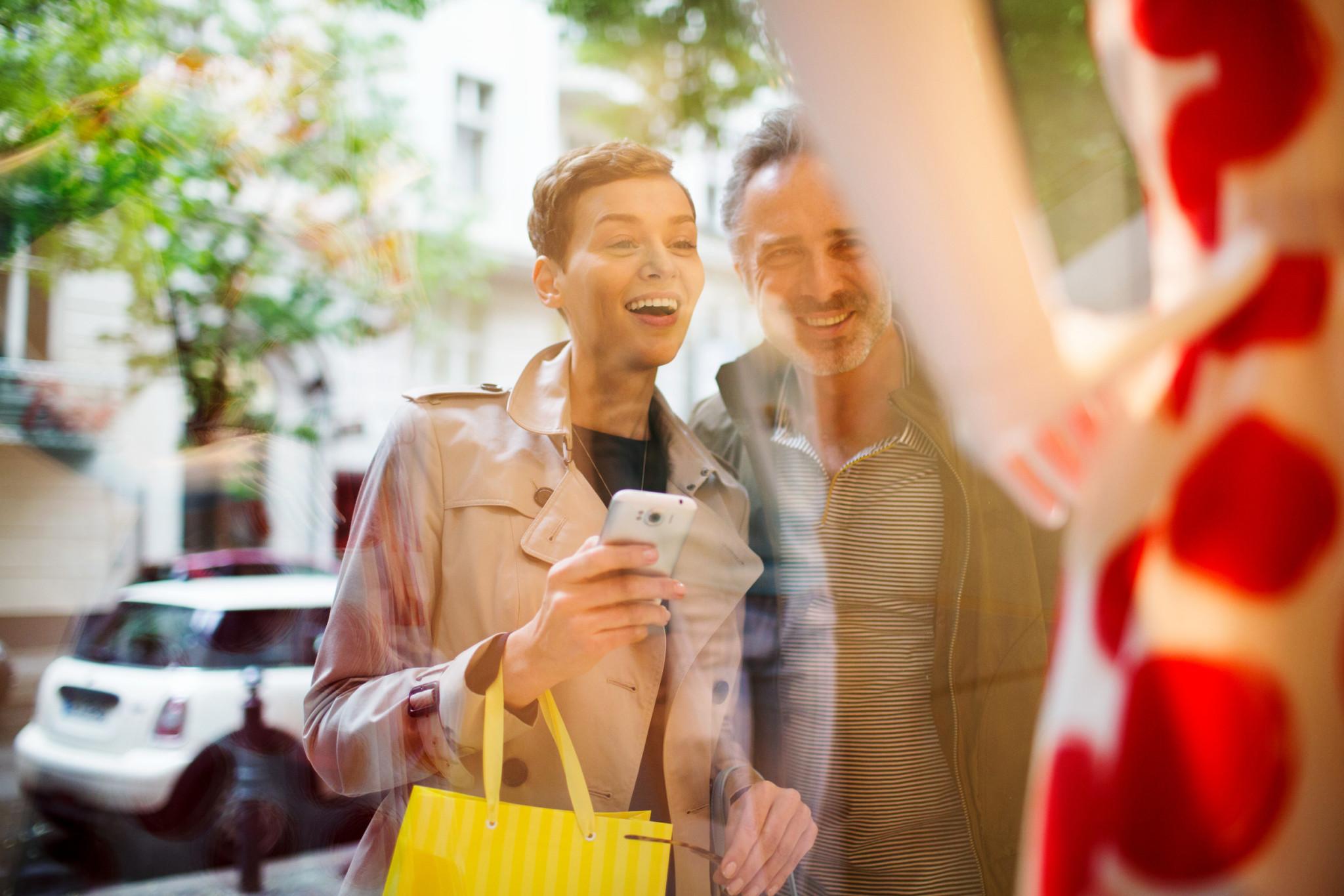 Mit zahlreichen Partnern aus dem Bereich Shopping & Lifestyle ist Miles & More der ideale Begleiter für Fashionistas und Trendsetter