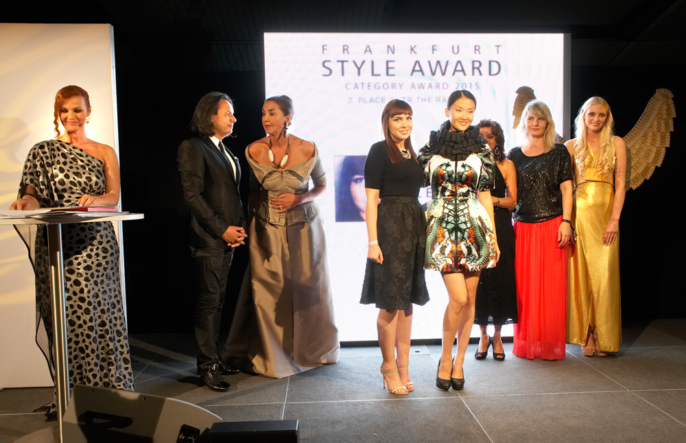 FrankfurtStyleAward_Gala150905_Category-Award-Winner_2.Place-Over-the-Rainbow_Jenny_Clreay_IE