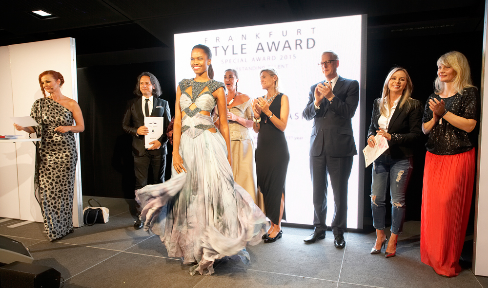 FrankfurtStyleAward_Gala150905_Special-Award_Outstanding-Talent_Anastasia-Liebe_GER_(c)PRP__36J1897